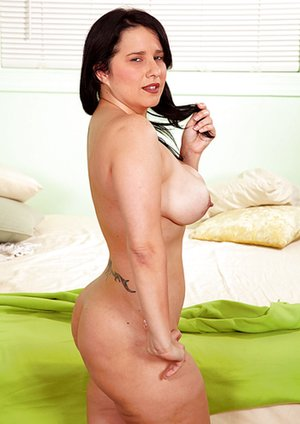 Mom Tits Pics