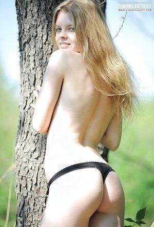 Nude Girls Booty Pics
