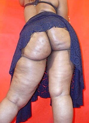 Booty Upskirt Pics